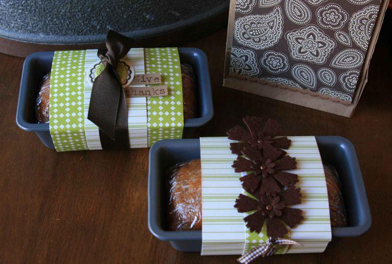 Thanksgiving_breadpans_edit_sm