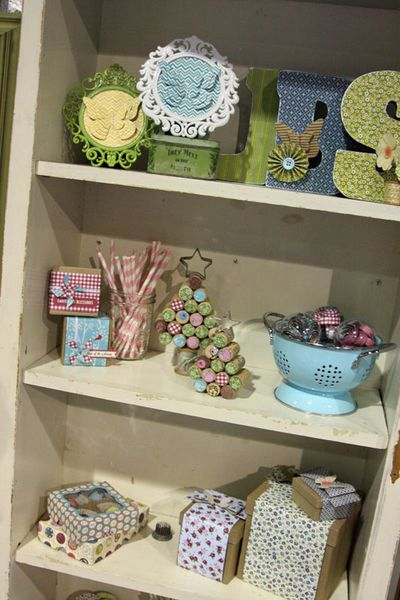 Summer 2012_Shelves