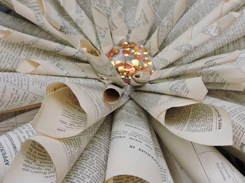 Jen-Book Page Wreath CU2
