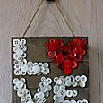 Button Love Pallet frame Pfolchert (832x1280)