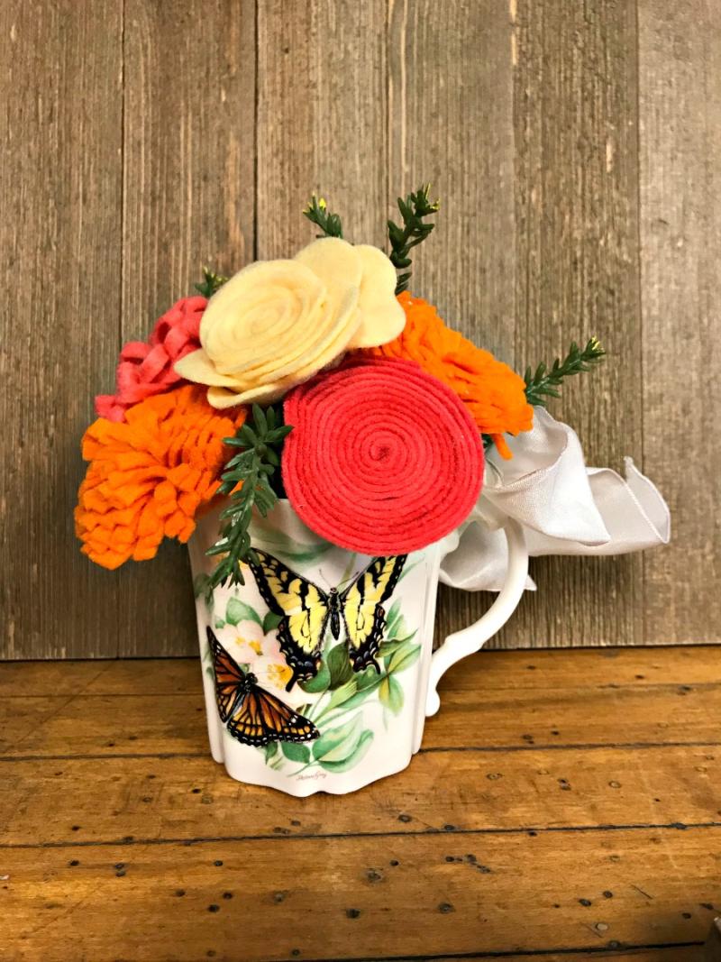 Jillibean-Soup-Patty-Folchert-Felt-Flowers-Shades-of-Red-JB1430