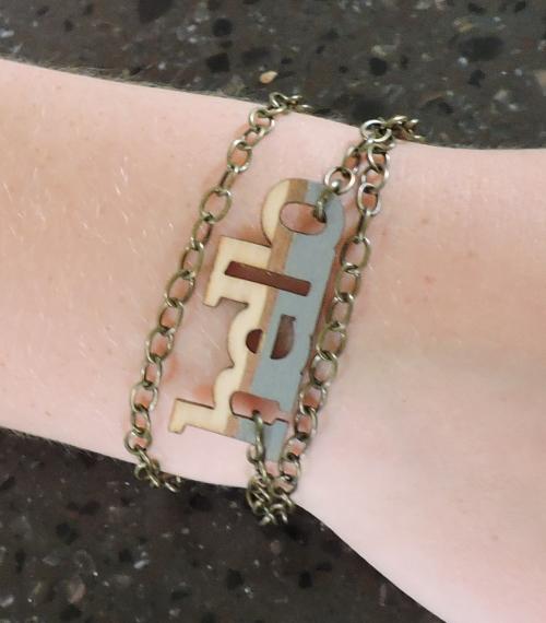 Jenifer-Wood Veneer Bracelet CU
