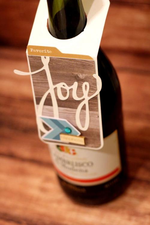 Melania-Joy Wine Tag CU