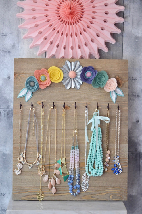 Brandi-Necklace Display #1