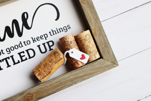 Home decor project using the Jillibean Soup Mix the Media rustic frame, jewelry tag, and a cut file.  How to create a home decor piece.  Jillibean Soup Mix the Media.  #jillibeansoup #mixthemedia #homedecor #rusticframe #cutfile