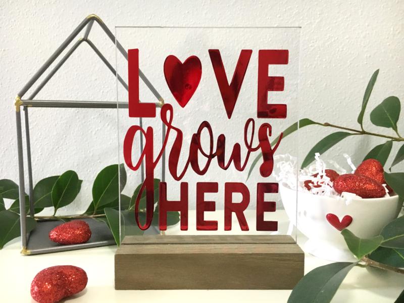 Jillibean-Soup-Kira-Ness-Acrylic-Stand-Love-JB1650-February-2019