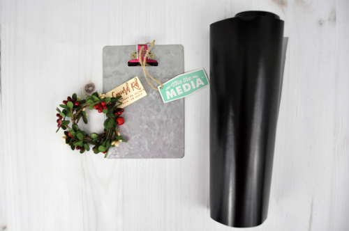 Galvanized Jillibean Soup Christmas Clipboard tutorial with Jen Gallacher. #clipboard