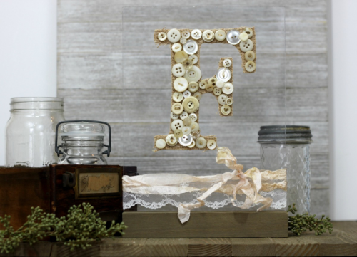 Home decor project using Jillibean Soup Mix the Media Acrylic Wood Stand.  How to create home decor project with mix the media.  Jillibean Soup home decor project.  #jillibeansoup #homedecor #mixthemedia #acrylicwoodstand #project