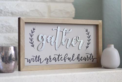 """""""Gather"""" Home Decor Sign with Sharpie Pen details. Jill Yegerlehner for Jillibean Soup. #diyhomedecor #farmhousesign #gathersign #mixthemedia #jillibeansoup"""