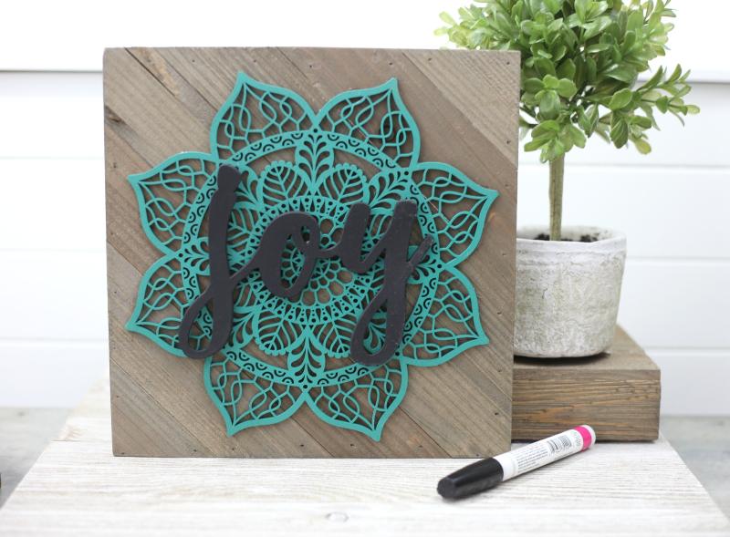 Wood_Diagonal Rustic_Joy Sign