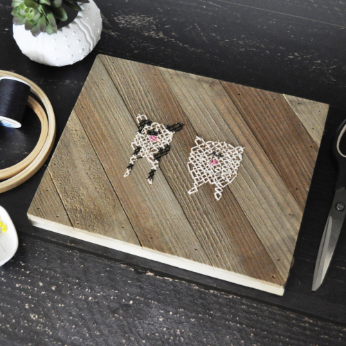 Home decor project using Jillibean Soup's mix the media diagonal wood plank.  How to create a home decor project with mix the media.  Jillibean Soupo mix the media.  #jillibeansoup #mixthemedia #homedecor #diagonalwoodplank