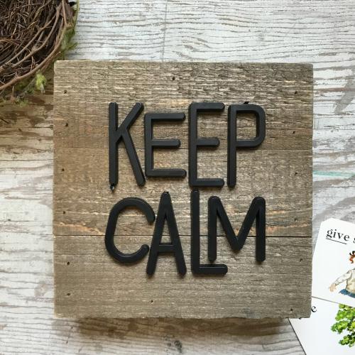 Keep Calm wooden plank sign from Jillibean Soup. #keepcalm #woodensign #mixthemedia #jillibeansoup