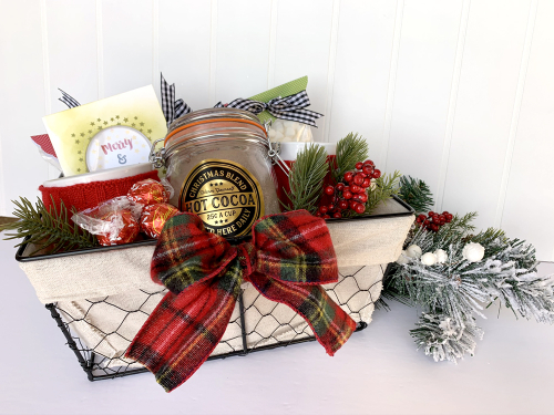 Project using Jillibean Soup's All About Plaid paper pad, All About Dots paper pad, and cut file.  Christmas gift for neighbor.  Jillibean Soup projects.  #jillibeansoup #projects #christmas #gifts #allaboutplaidpaperpad #allaboutdotpaperpad #cutfile