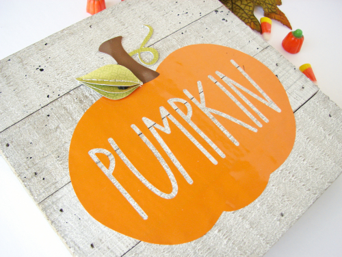 Home decor mix the media project using Jillibean Soup's 6x6 wood plank weathered white, a cut file and Farmhouse Stew patterned paper.  Happy Halloween Mix the Media.  Jillibean Soup Mix the Media. #jillibeansoup #mixthemedia #homedecor #projects #halloween #cutfile #woodplank #farmhousestew