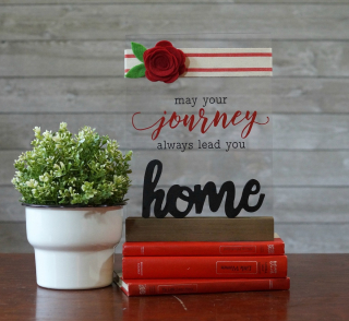 Mix the Media home decor project using Jillibean Soup's acrylic wood stand, pine wood word home, felt flowers and a cut file.  Jillibean Soup Guest Designer.  #jillibeansoup #mixthemedia #homedecor #project #acrylicwoodstand #cutfile #feltflowers #woodword #guestdesigner