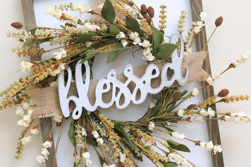 Home decor mix the media project using Jillibean Souup's 12 x 16 rustic white frame and wood script blessed white.  An Amazing Mix the Autumn Media Project Idea!  Jillibean Soup Mix the Media.  #jillibeansoup #homedecor #mixthemedia #project #autumn #blessed #woodscript #rusticwhiteframe