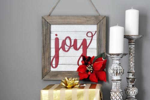 """Joy"" Shiplap Christmas Sign. #jillibeansoup #christmassign #christmasgift #mixthemedia"