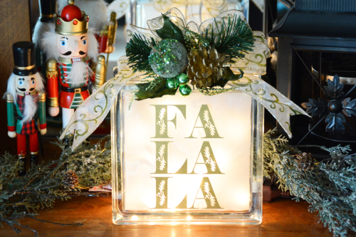Project using Jillibean Soup's cut files.  Christmas gift for neighbors #1.  Jillibean Soup projects.  #jillibeansoup #projects #cutfile #christmas #gift