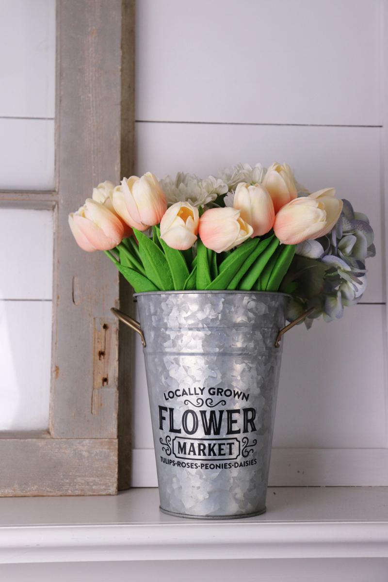Jaclyn_FlowerMarket_MixtheMedia