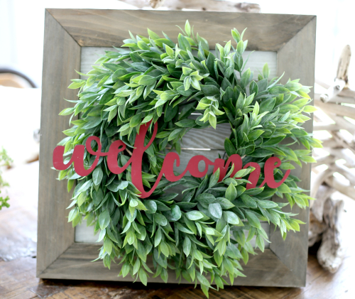 Welcome Wreath Farmhouse sign with wreath and galvanized welcome word. #jillibeansoup #galvanizedword #wreathsign #farmhousesign